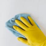 Utensilios para una adecuada limpieza en centros sanitarios.
